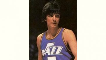 Pete Maravich Age and Birthday