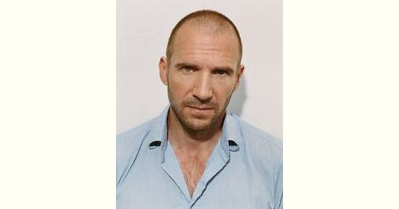 Ralph Fiennes Age and Birthday