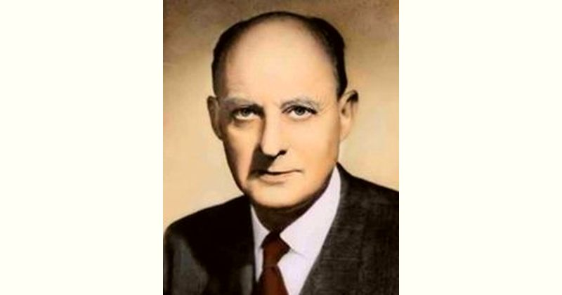 Reinhold Niebuhr Age and Birthday