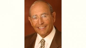 Richard DeVos Age and Birthday
