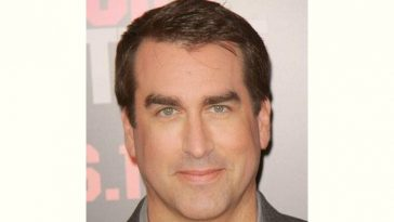 Rob Riggle Age and Birthday