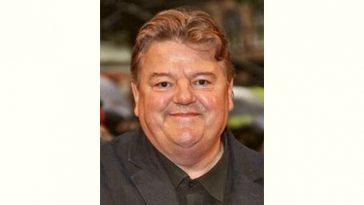 Robbie Coltrane Age and Birthday
