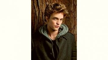 Robert Pattinson Age and Birthday