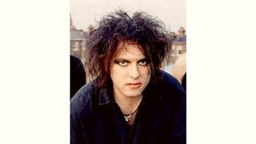 Robert Smith Age and Birthday