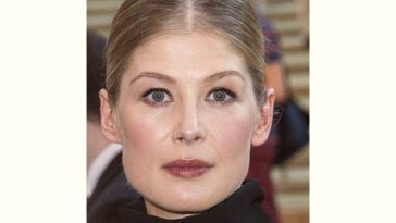 Rosamund Pike Age and Birthday