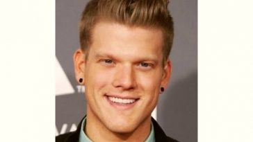 Scott Hoying Age and Birthday