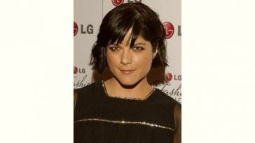 Selma Blair Age and Birthday
