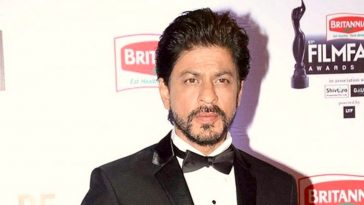 Shah Rukh Khan Age and Birthday 1