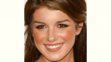Shenae Grimes Age and Birthday