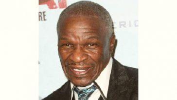 Sr Floyd Mayweather Age and Birthday