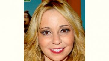 Tara Strong Age and Birthday