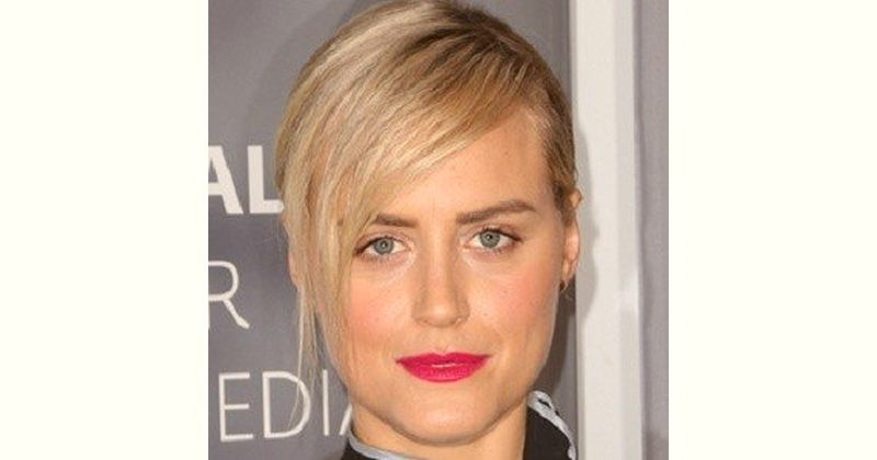 Taylor Schilling Age and Birthday