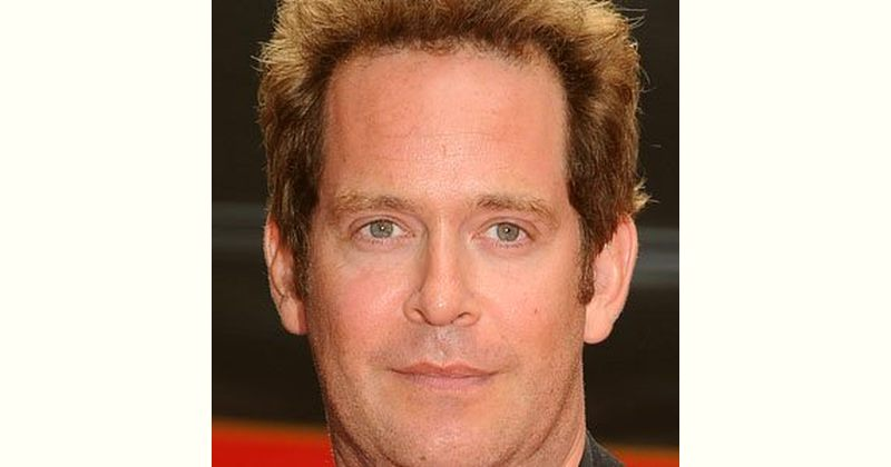 Tom Hollander Age and Birthday