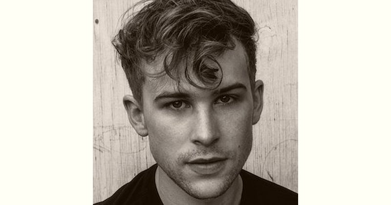 Tommy Dorfman Age and Birthday