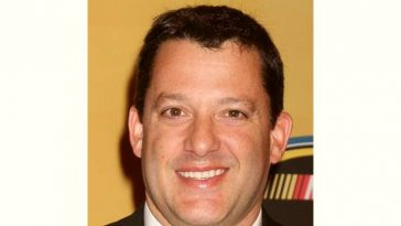 Tony Stewart Age and Birthday