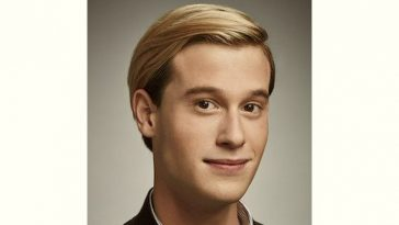 Tyler Henry Age and Birthday