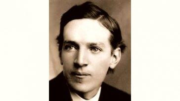 Upton Sinclair Age and Birthday