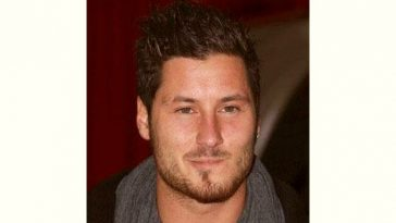 Valentin Chmerkovskiy Age and Birthday