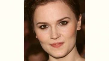 Veronica Roth Age and Birthday