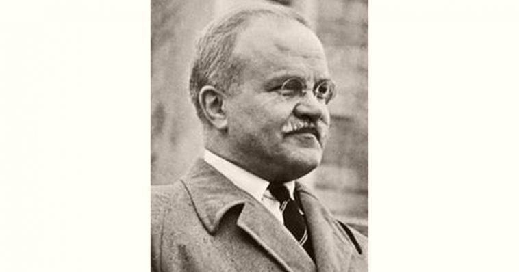 Vyacheslav Molotov Age and Birthday