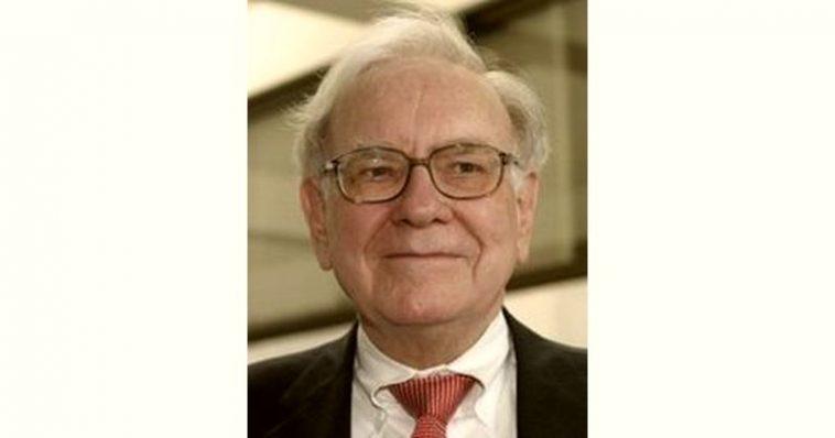 Warren Buffett Age and Birthday